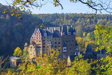 GER12009AW Eltz castle, Wierschem, Mosel valley, Eifel, Rhineland-Palatinate, Germany
