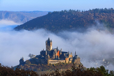 GER12021AW View on Cochem castle, Cochem, Mosel valley, Rhineland-Palatinate, Germany