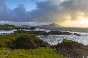 IRL1028AW Stormy weather in Western Achill Island, Achill Island, County Mayo, Connacht province, Republic of Ireland
