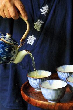 HMS3381591 Japan, Honshu Island, Chubu Region, Nagano Prefecture, Kiso Valley, Nagiso, Tsumago, Azuma, Tateba Tea House, on the Tsumago-Magome Hiking Trail