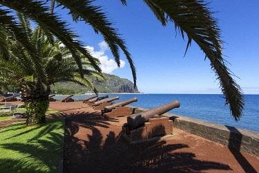 HMS3202134 France, Reunion island, Saint Denis, Barachois area, seafront promenade