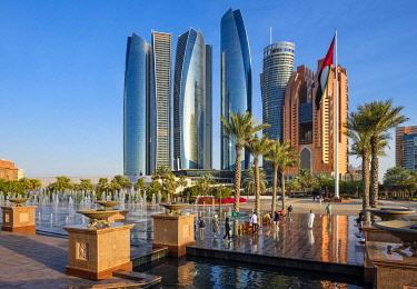 HMS3263448 United Arab Emirates, Abu Dhabi, Al Khubeirah district, Etihad Towers seen from the Emirates Palace Hotel
