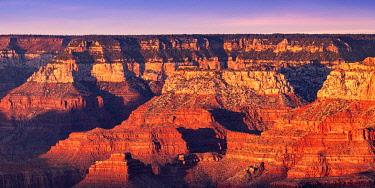 USA15027AWRF Grand Canyon at sunset, Yavapai Point, Grand Canyon National Park, Arizona, USA