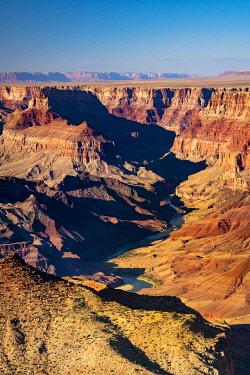 USA15031AWRF Idyllic shot of Grand Canyon and Colorado River on sunny day, Lipan Point, Grand Canyon National Park, Arizona, USA