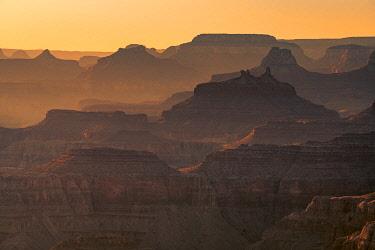 USA15033AWRF Layers of Grand Canyon at sunset, Lipan Point, Grand Canyon National Park, Arizona, USA