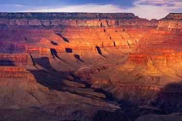 USA14977AW Grand Canyon at sunset, Yavapai Point, Grand Canyon National Park, Arizona, USA