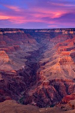 USA14978AW Scenic view of Grand Canyon at sunset, Yavapai Point, Grand Canyon National Park, Arizona, USA