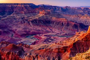 USA14987AW Colorado river flowing through Grand Canyon at sunset, Lipan Point, Grand Canyon National Park, Arizona, USA