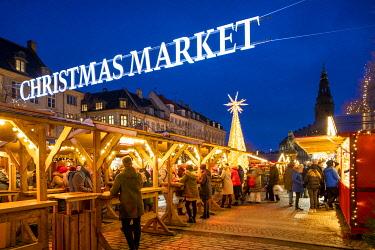 DK01170 Christmas Market, Copenhagen, Denmark