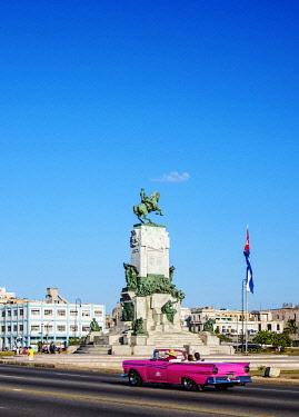 CUB2091AW General Antonio Maceo Monument, Malecon, Havana, La Habana Province, Cuba