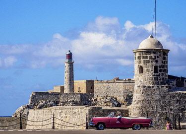 CUB2103AW San Salvador de la Punta and El Morro Castle and Lighthouse, Havana, La Habana Province, Cuba