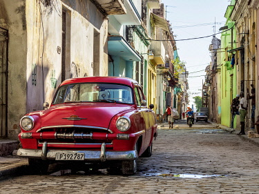 CUB2254AW Vintage car at the street of La Habana Vieja, Havana, La Habana Province, Cuba