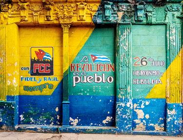 CUB2276AW Communist mural painting, La Habana Vieja, Havana, La Habana Province, Cuba