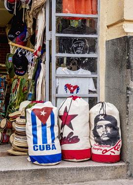 CUB2277AW Shop with souvenirs in La Habana Vieja, Havana, La Habana Province, Cuba