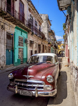CUB2286AW Vintage car at the street of La Habana Vieja, Havana, La Habana Province, Cuba