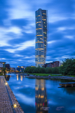 SW03293 Sweden, Scania, Malmo, Turning Torso building, designed by architect Santiago Calatrava