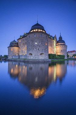 SW03412 Sweden, Narke, Orebro,  Orebro Slottet Castle, dusk