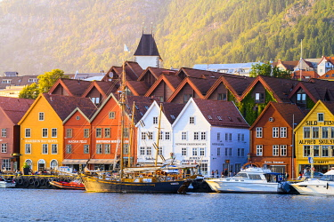 NOR1133AWRF Bergen, Hordaland, Norway. Wooden houses of Bryggen, UNESCO site, former counter of the Hanseatic League.