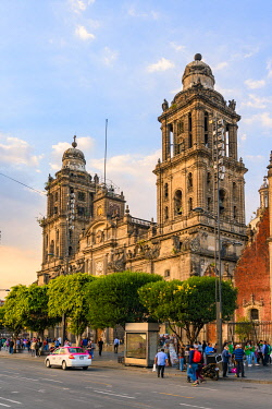 MEX1929AW Ciudad de Mexico (Mexico city), State of Mexico, Mexico. Facade of the Metropolitan Cathedral at sunset.