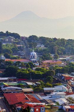ELS0039AW Americas, Central America, El Salvador, Concepcion de Ataco, elevated view of the town centre