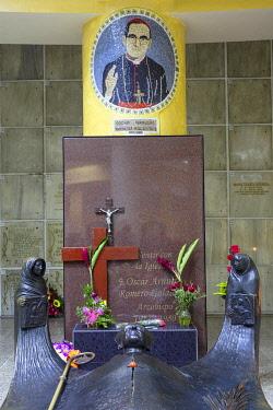ELS0046AW Americas, Central America, El Salvador, San Salvador; tomb of catholic martyr and saint Oscar Romero; former Archbishop of San Salvador, killed by Roberto d�Aubuisson, a former National Guard major...