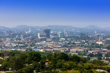 ELS0049AW Americas, Central America, El Salvador, San Salvador, elevated skyline view of the city of San Salvador