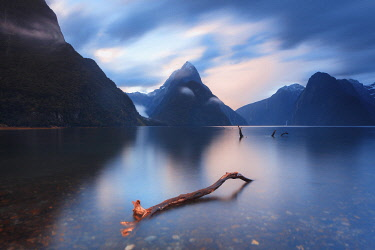 NZ9877AW Mitre Peak, Milford Sound, South Island, New Zealand