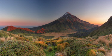 NZ9969AW Taranaki (Mt. Egmont), North Island, New Zealand