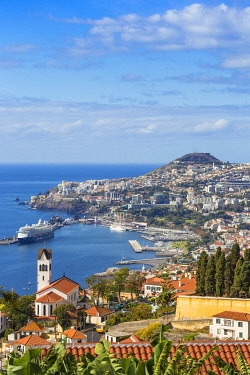 PT04107 Portugal, Madeira, Funchal, View of Sao Goncalo Church overlooking Funchal harbour and town