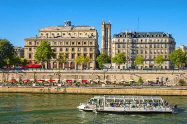 HMS3600247 France, Paris, Paris Beach 2019, Quai de Gesvres