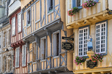 HMS3641018 France, Finistere, Quimper, timbered house
