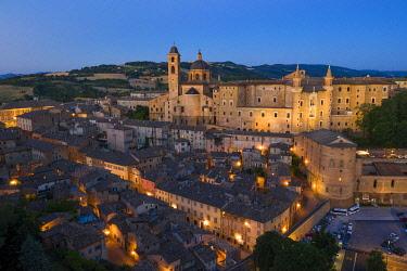 CLKAC122933 Aerial view of Urbino at dusk. Urbino, Marche, Italy, Europe