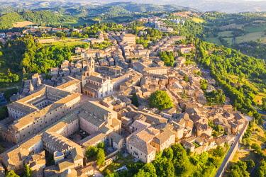 CLKAC122947 Urbino, Marche, Italy, Europe