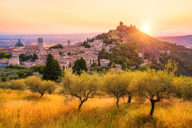 CLKAC122981 Sunset over Assisi, Perugia province, Umbria, Italy, Europe
