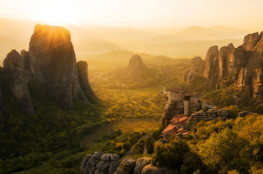 CLKGF119018 Sunset at Viewpoint of a monastery in Meteora, Tessaglia, Greece