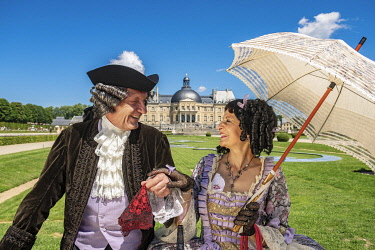 HMS3525429 France, Seine et Marne, Maincy, the castle of Vaux-le-Vicomte, 15th Grand Siecle Day : costume day of the 17th century