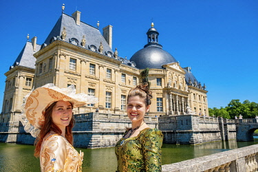 HMS3525470 France, Seine et Marne, Maincy, the castle of Vaux-le-Vicomte, 15th Grand Siecle Day : costume day of the 17th century