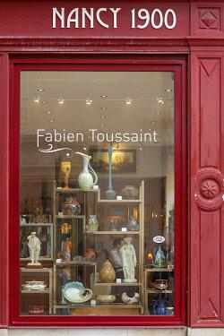 HMS3533822 France, Meurthe et Moselle, Nancy, shop window of the Antique shop Nancy 1900 in Saint Georges street