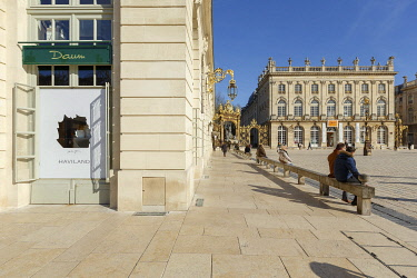 HMS3533860 France, Meurthe et Moselle, Nancy, shop window of the Daum galery in one of the Petits Pavillons (Tiny pavillions) on Stanislas square (former royal square) built by Stanislas Lescynski, king of Polan...