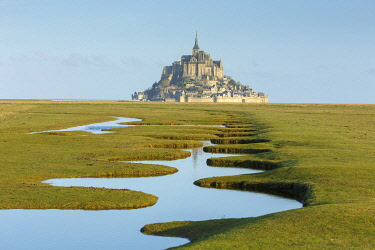 HMS3523201 France, Manche, Mont Saint Michel bay, listed as World Heritage by UNESCO, the bay and Mont Saint Michel during fall high tides from the salted fields