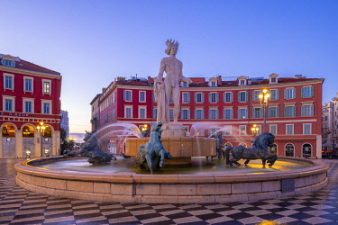 FR398RF Statue of Apollo at Place Massena, Nice, South of France,