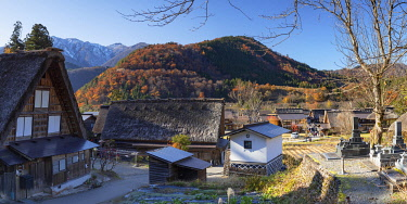 JAP2280AW Traditional houses of Ogimachi (UNESCO World Heritage Site), Shirakawa-go, Toyama Prefecture, Japan