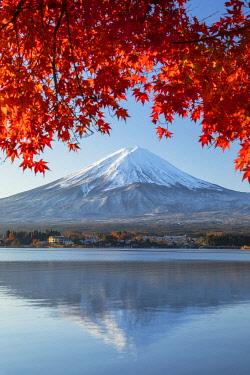 JAP2314AW Mount Fuji and Lake Kawaguchi at sunrise, Yamanashi Prefecture, Japan