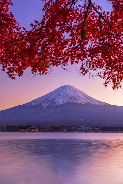 JAP2320AW Mount Fuji and Lake Kawaguchi at sunset, Yamanashi Prefecture, Japan
