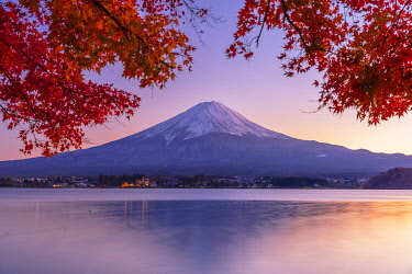 JAP2321AW Mount Fuji and Lake Kawaguchi at sunset, Yamanashi Prefecture, Japan