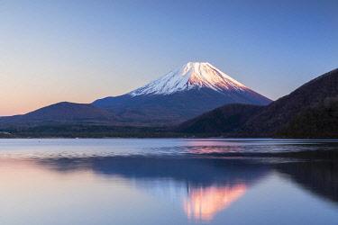 JAP2347AW Mount Fuji and Lake Motosu at sunset, Yamanashi Prefecture, Japan