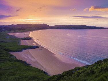 IRL1075AW Ireland, Co.Donegal, Fanad, Ballymastocker bay overview at dusk