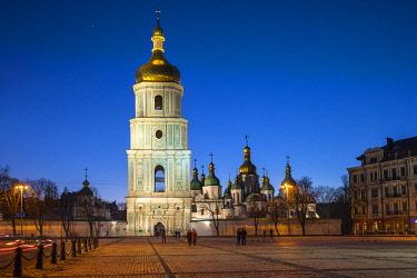 UA01270 St. Sophia's Cathedral and Bell Tower, Sofiyivska Square, Kiev (Kyiv), Ukraine