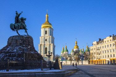UA01282 St. Sophia's Cathedral and Bell Tower, Sofiyivska Square, Kiev (Kyiv), Ukraine