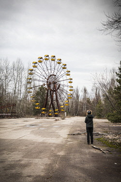 UA02324 The Ferris Wheel at the Children's amusement park in the abandoned city of Pripyat, Chernobyl Exclusion Zone, Ukraine
